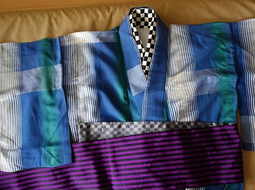 消炭色×暗黒色 と 紫紺×暗黒色 のリバーシブル半幅帯
