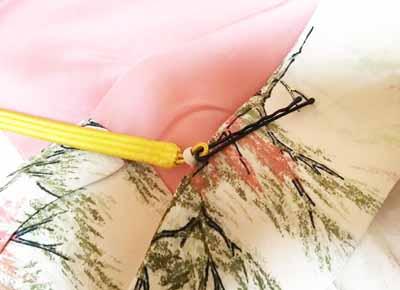 羽織紐を簡単に通す