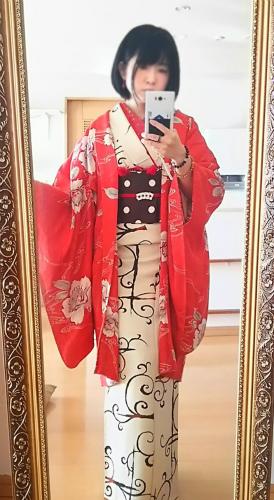 kimonoid-185751796